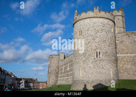 Windsor, UK. 25th January, 2018. The walls of Windsor Castle. - Stock Photo
