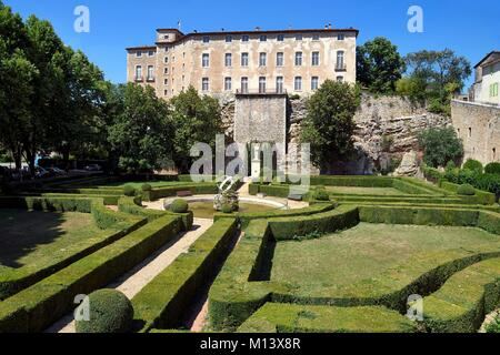 France, Var, Green Provence, Entrecasteaux, the castle - Stock Photo
