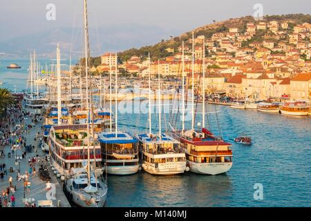 Croatia, Central Dalmatia, Dalmatian coast, Trogir, Historic Centre listed as World Heritage by UNESCO, Dockside - Stock Photo