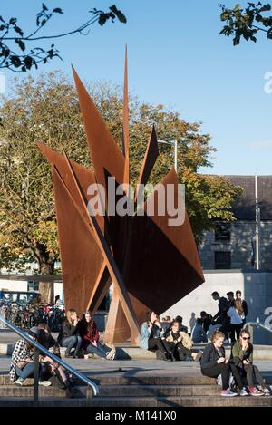 Ireland, Galway County, Galway, Eyre Square, Quincentennial Fountain by the sculptor Eamon O'Doherty - Stock Photo