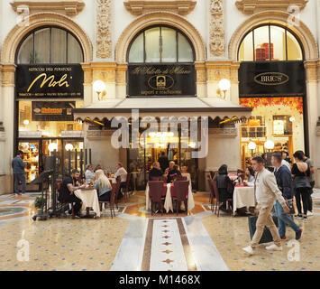 Italy,Lombardy,Milan,Restaurant / cafè Il salotto di Milano in the Vittorio Emanuele Gallery - Stock Photo