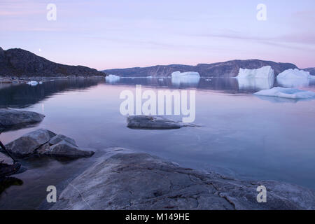 Iceberg in midnight sun, Ilulissat, Jakobshavn glacier, Disko Bay. Greenland - Stock Photo
