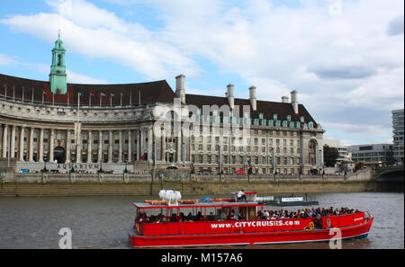 Thames river cruise, London, UK - Stock Photo