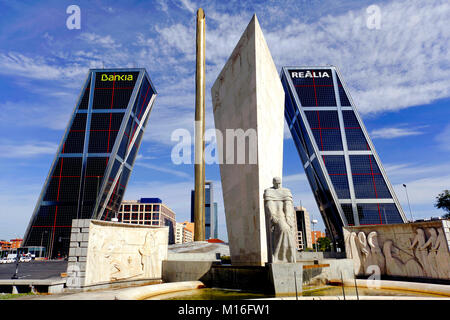 Monument to Calvo Sotelo in front of the KIO Towers, Plaza de Castilla Square, Madrid, Spain - Stock Photo