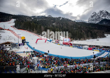 Garmisch-Partenkirchen, Germany. 28th Jan, 2018. General view during the giant slalom competition of the FIS Alpine - Stock Photo