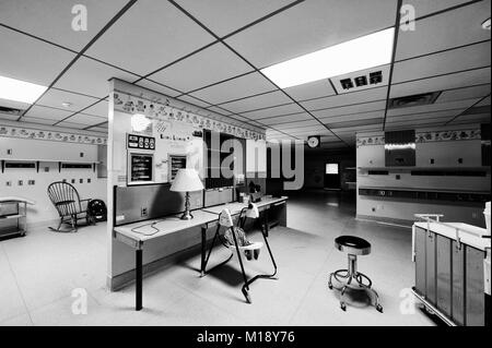 This is one of many pictures I took inside, after the Sudbury St. joseph's Health Centre (the old General Hospital) - Stock Photo