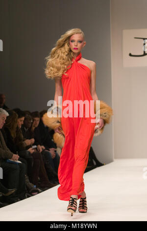 London Fashion Week collection by Issa - Stock Photo