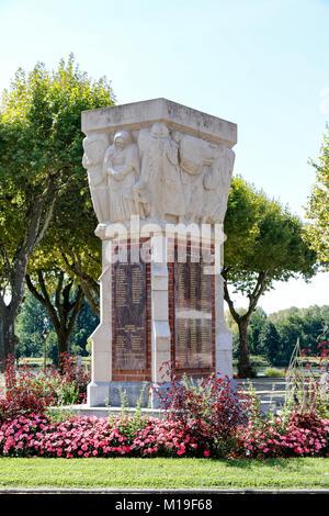 War memorial in Moissac, Tarn-et-Garonne, Occitanie, France. - Stock Photo