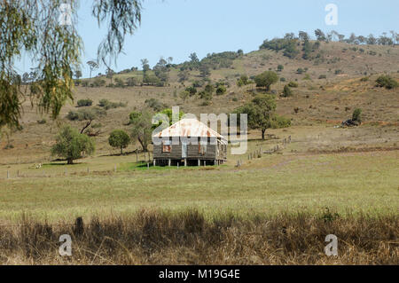 Old Queensland farmhouse, Darling Downs, Queensland, Australia - Stock Photo
