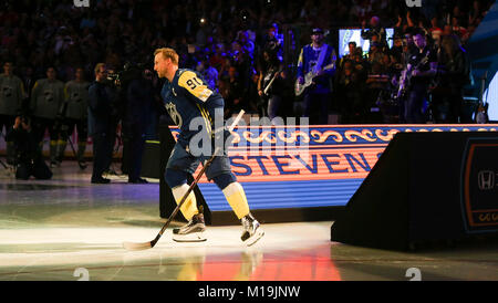 Tampa, Florida, USA. 28th Jan, 2018. DIRK SHADD | Times .Tampa Bay Lightning forward Steven Stamkos (91) as he is - Stock Photo
