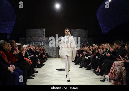 Rome, Italy. 28th Jan, 2018. Models on the catwalk for the  Rome Fashion Week - AltaRoma Jan 2018. Credit: Evandro - Stock Photo