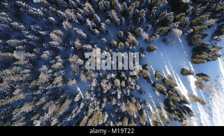 Xinjiang, Xinjiang, China. 28th Jan, 2018. Xinjiang, CHINA-28th January 2018:Winter scenery of Tian Shan in northwest - Stock Photo