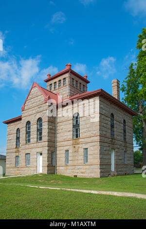 Texas, Hill Country, Llano Jail, built 1895 in the Romanesque Revival Style, aka  the 'Red Top' jail - Stock Photo