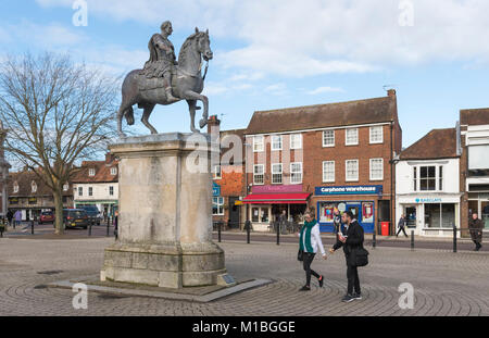 Statue of King William III on a horse on a stone plinth in the town square of Petersfield, Hampshire, England, UK. - Stock Photo