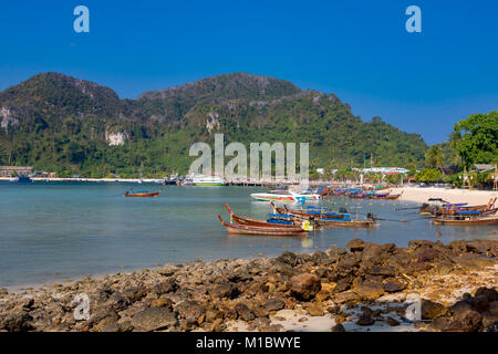 Phi Phi Island Krabi Thailand January 31, 2016 Beautiful view at low tide in Ao Tonsai, on Koh Phi Phi Don. - Stock Photo