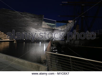 RRS Discovery and V&A Design Museum by night Dundee Scotland  January 2018 - Stock Photo