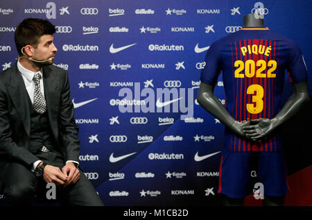 Barcelona, Spain. 29th Jan, 2018. Gerard Pique renews his contract with FC Barcelona, on 29th January 2018 in Barcelona, - Stock Photo