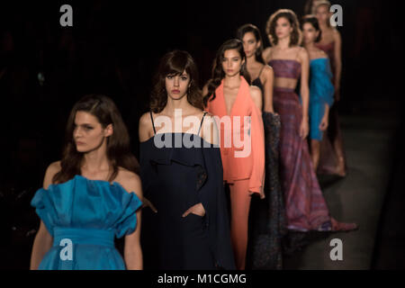 Barcelona, Spain. 29th Jan, 2018. Models wearing ZE Garcia designs walk the runway during the opening show for the - Stock Photo