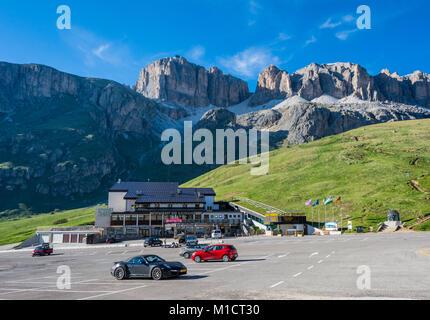 Cable car station on Pordoi Pass (2.240 m), leading to Sass Pordoi (2.950 m), Sella group, Dolomites, northern italy. - Stock Photo