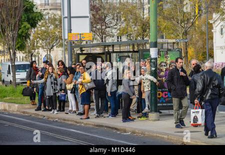 Bus stop, Avenida 24 de Julho, Lisbon, Portugal, Bushaltestelle, Lissabon - Stock Photo