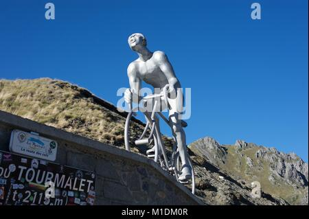 Cyclist monument at the top of Col de Tourmalet, French Pyrenees - Stock Photo