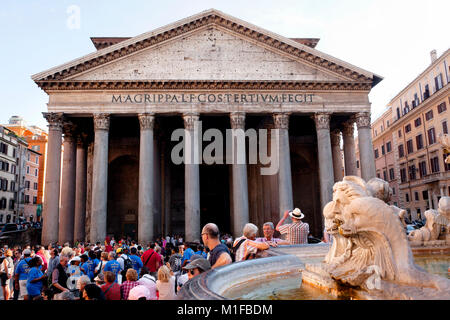 Pantheon on a busy day, Rome, Italy - Stock Photo