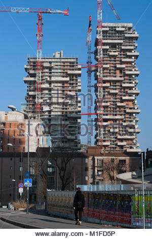 quartiere isola, bosco verticale, residential towers of 111 meters and 78 meters designed by boeri studio, porta - Stock Photo