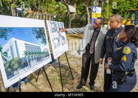 policewoman architectural rendering plans Black woman man policeman - Stock Photo
