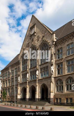 Germany, Cologne, the Hansa Gymnasium at the street Hansaring.  Deutschland, Koeln, das Hansa Gymnasium am Hansaring. - Stock Photo