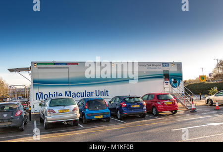 Frimley Park Hospital NHS Foundation Trust Mobile Macular Unit parked in a supermarket car park offering one stop - Stock Photo