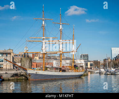 The Kaskelot three masted barque moored by the Lloyds building on Bristol's floating harbour - one of the largest - Stock Photo