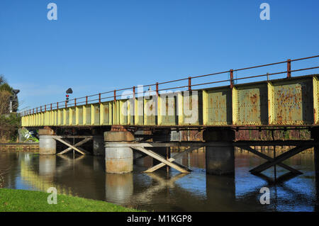 Railway bridge over the River Nene (with the line to March and Ely) at Peterborough, Cambridgeshire, England, UK - Stock Photo