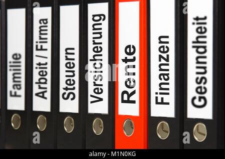 Aktenordner mit Unterlagen für Absicherung - Stock Photo