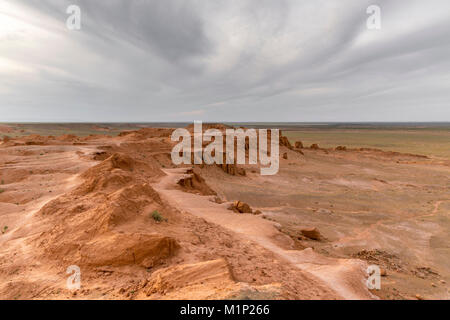 Flaming cliffs, Bajanzag, South Gobi province, Mongolia, Central Asia, Asia - Stock Photo