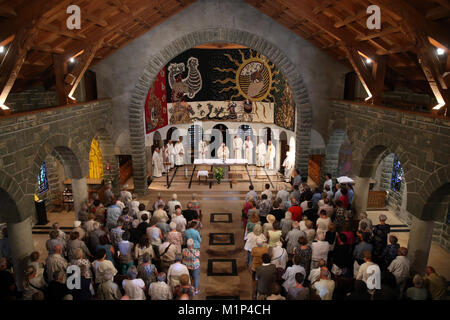 Catholic Mass, Notre-Dame de Toute Grace du Plateau d'Assy (Our Lady Full of Grace of the Plateau d'Assy), Haute - Stock Photo
