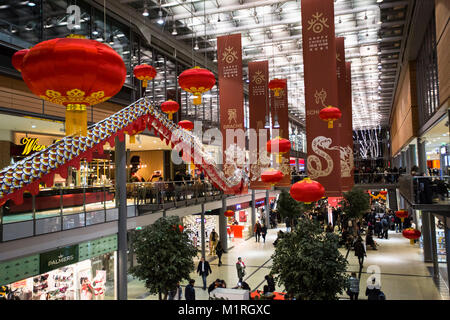 Berlin, Germany. 1st Feb, 2018. The chinese new year 2018 is celebrated earlier in Berlin Arkaden than the actual - Stock Photo