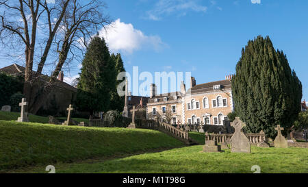 View of St John's Churchy Cemetery with Oriel Lodge and Argyll House in Gentle Street, Frome, Somerset, England, - Stock Photo