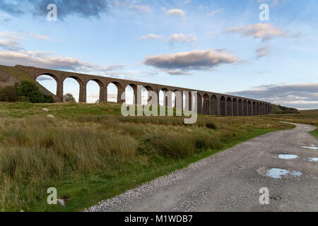 The Ribblehead Viaduct on the Settle-Carlisle Railway, near Ingleton in the Yorkshire Dales, North Yorkshire, UK - Stock Photo