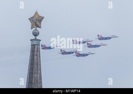 Volgograd, Russia. 2nd Feb, 2018. Russia's aerobatic team 'Swifts' fly over during a celebration of the 75th anniversary - Stock Photo