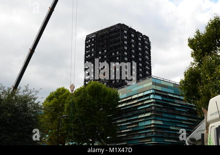 Grenfell tower, environmental contamination - Stock Photo