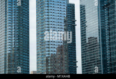 Development on the west side in New York on Saturday, January 27, 2018. (© Richard B. Levine) - Stock Photo