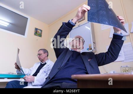 Lviv, Ukraine - 5th February 2016. Henry Marsh CBE FRCS is a world leading British neurosurgeon and a pioneer of - Stock Photo
