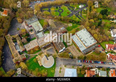 Aerial photos of the Kathe Kollwitz School in Luenen in the district Gahmen. At this school, a 15-year-old student - Stock Photo