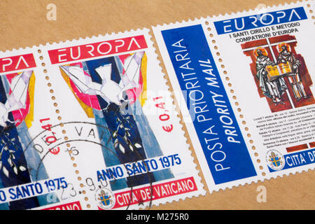 Stamps from the Vatican on a letter, Stamped, Vatican, Italy, Europe, Gestempelte Briefmarken aus dem Vatikan, Europamarken - Stock Photo