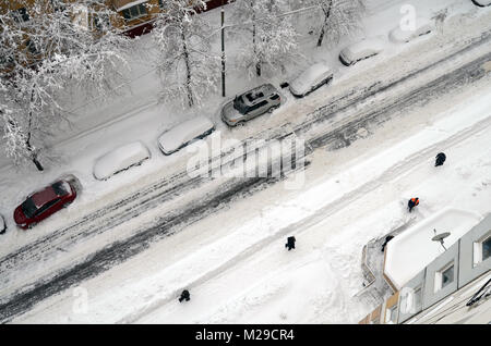 janitors cleans snow after snowfall in Moscow russia 04 February 2018. Top view - Stock Photo