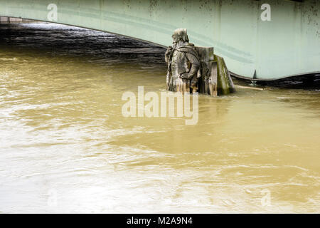 Paris, France - January 29, 2018: The statue 'Le Zouave', installed on the pile of the Alma bridge, is traditionally - Stock Photo