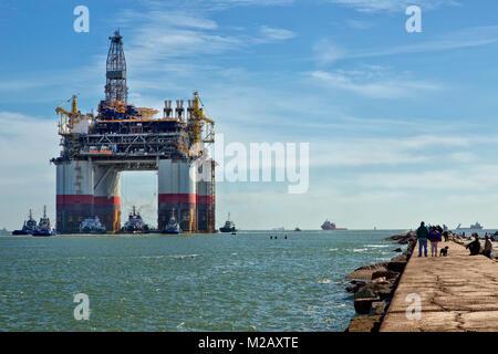 'Big Foot'  Chevron's Kiewit Industries Offshore Deep Ocean Platform, departing Port Aransas.
