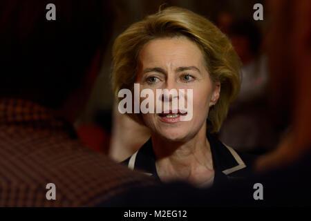 Verteidigungsministerin Ursula von der Leyen bei einer Podiumsdiskussion zum Thema 'Volkskrankheit Depression' im - Stock Photo