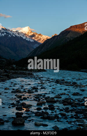 The himalayan landscapes of Baspa river from the roadtrip to Chitkul and Spiti Valley in Himachal Pradesh, India. - Stock Photo