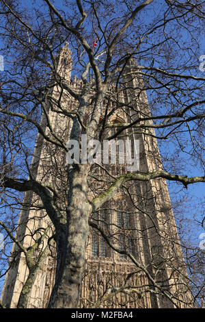 London uk 6th Feb 2018 St Stephens Tower Houses of Parliment London uk  photo credit SANDRA ROWSE/Alamy Live News - Stock Photo